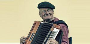Parkinson: Superando os sintomas através da música e da arte