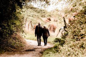 Casais de idosos podem ir juntos para uma casa de repouso?