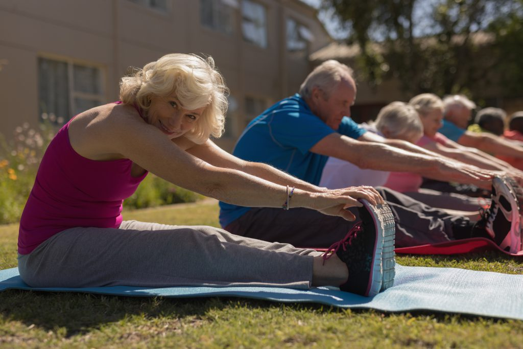 Qual a importância das atividades físicas para manter a saúde na terceira idade