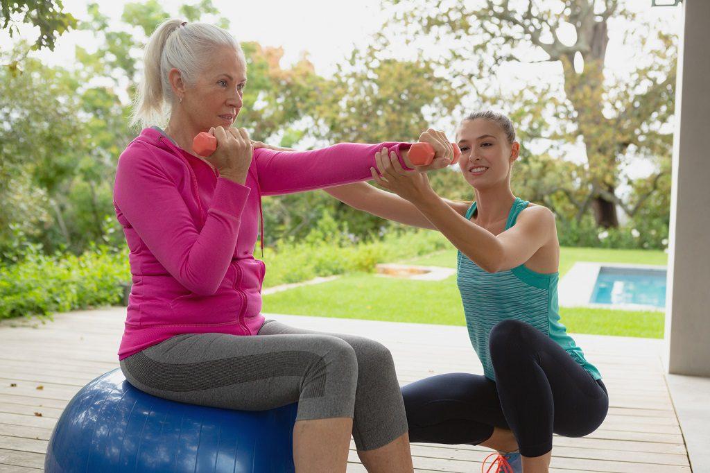 A importância de combater a osteoporose para evitar fraturas na terceira idade