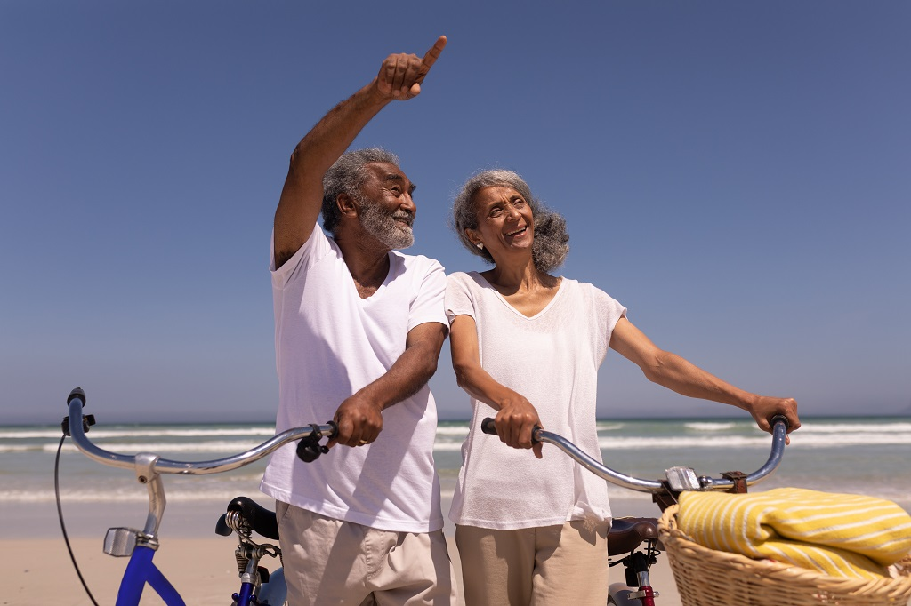 Residencial para idosos: 5 cuidados que seu ente precisa ter no verão